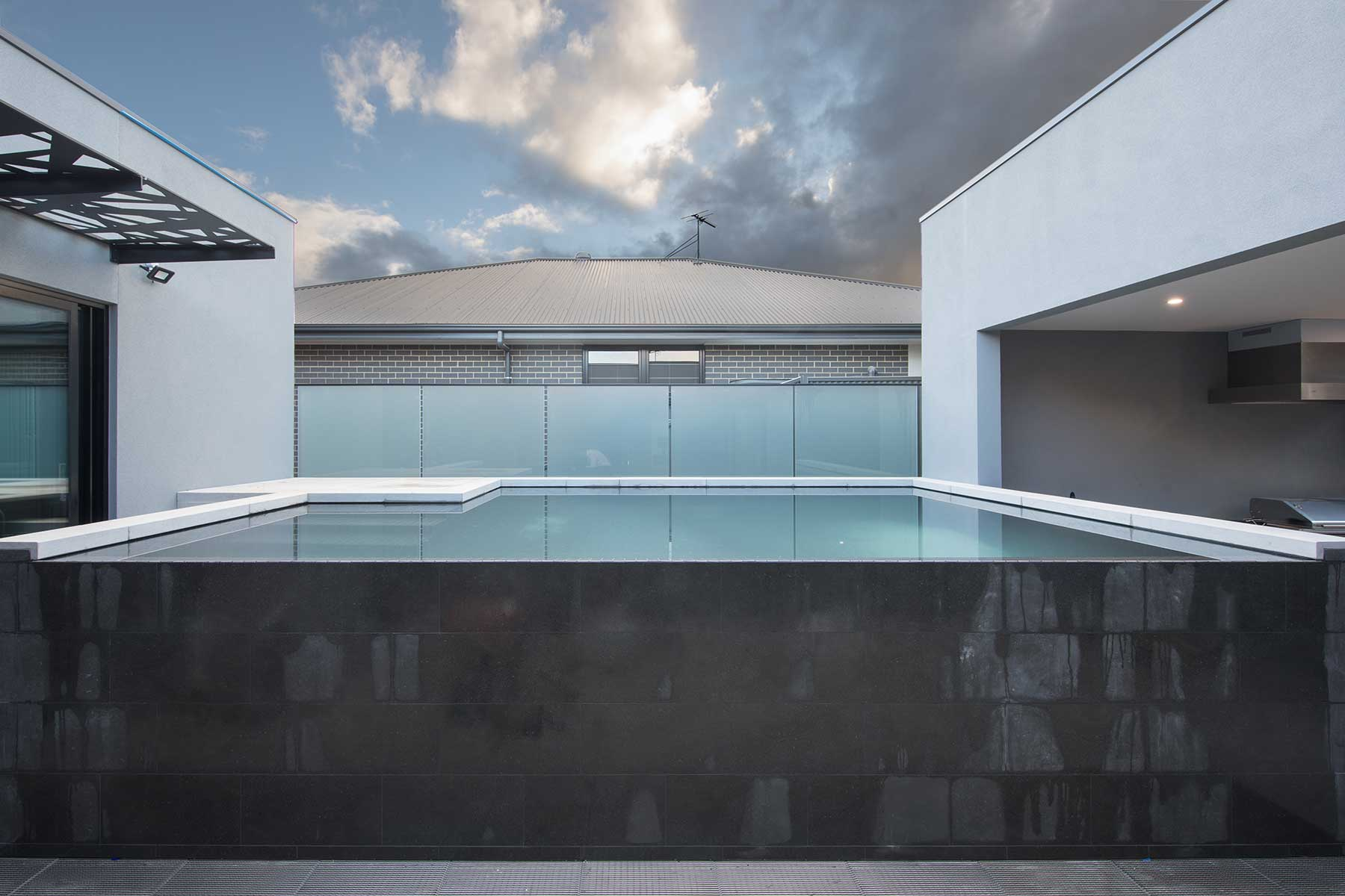 ADH-Mt-Barker-Inifinity-Pool